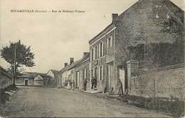 - Dpts Div.-ref-AH286- Somme - Bougainville - Rue De Molliens Vidame - Auberge - Auberges - Restaurants - - Francia