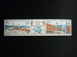 TAAF Air Mail, 1976 Dumont D'Urville Antarctic Base Scott #C44-45a MNH CV 24,00USD - Nuovi