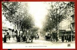 NICE - 60 : Boulevard Dubouchage - (Beau Plan Animé Avec Charrettes, Carriole, Cycliste) - CP Précurseur, Vers 1900. - Squares