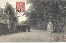 CPA Vietnam Hué Porte De L'Enseinte Extérieure Au Tombeau De Ta Duc - Viêt-Nam