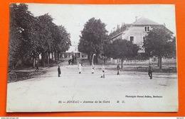 CPA - JONZAC - Avenue De La Gare (personnages, Café Restaurant...) - Jonzac