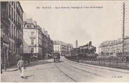 D1457 NANTES - QUAI BRANCAS - PASSAGE DU TRAIN DE BRETAGNE - Treinen