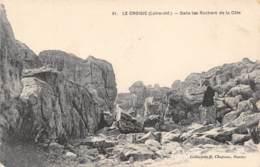 44 - LE CROISIC - Dans Les Rochers De La Côte - Le Croisic