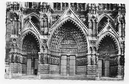 AMIENS - N° 36 - LA CATHEDRALE - GRAND PORTAIL - Cliché LELONG A AMIENS - FORMAT CPA NON VOYAGEE - Amiens