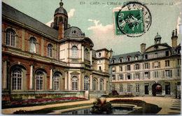 14 CAEN - L'hôtel De Ville, Cour Intérieure - Caen