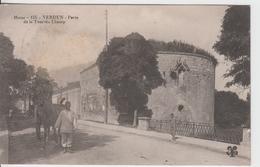 MEUSE - 155 - VERDUN - Porte De La Tour Du Champ  ( - Avec Tombereau - écrite En 1915) - Verdun