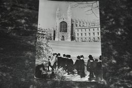 5620   CAMBRIDGE, KING'S COLLEGE CHAPEL AND CHOIR BOYS - Cambridge