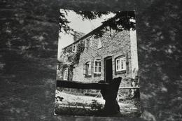 5633   HINDHEAD YOUTH HOSTEL, SURREY - Surrey