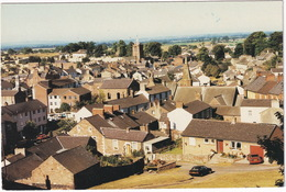 Brampton: FORD ESCORT MKIII, ROVER 216 - View From The Mote Hill - (Yorkshire) - Toerisme