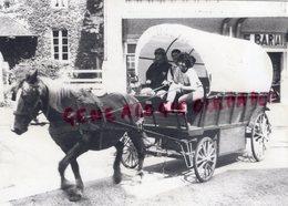 87 - LA CROISILLE SUR BRIANCE- LES CALECHES DU LIMOUSIN- PROMENADE EN CALECHE   - RARE PHOTO ORIGINALE - Lieux