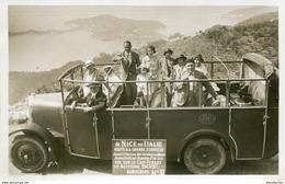 PEU COMMUNE ! CARTE PHOTO 1932 AUTOBUS DE NICE EN ITALIE CAP FERRAT THEMES TRANSPORTS CAMIONS PEUGEOT RENAULT BUS - Transport (road) - Car, Bus, Tramway