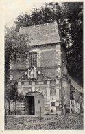 76 AUMALE  Chateau Des Ducs D'AUMALE  Le Pavillon Des Gardes   état  Impeccable   ( 8) - Aumale