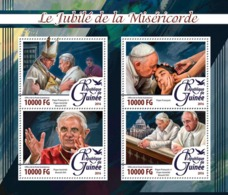 Guinea   2016   Jubilee Of Mercy ,Pope Francis And Pope Emeritus Benedict XVI - Guinée (1958-...)