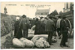 Pont-croix - Les Abords De La Gare Un Jour De Grande FOIRE - Pont-Croix