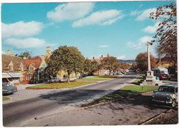 Broadway: AUSTIN MINI, GLIDER, A60 CAMBRIDGE, OLDTIMER AUTOBUS - (Worcestershire) - Toerisme