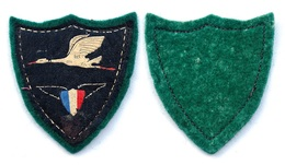 Insigne-Tissu Patriotique D'Aviation Période Vichy. Marechal Petain 1940-1944. - Unclassified