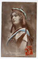 """Histoire---1915---Femme Représentant  """"La République Triomphante """" - Histoire"""