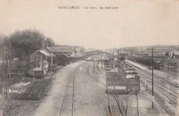 CPA 45 MONTARGIS LA GARE  TRAINS VUE INTERIEURE - Stations - Met Treinen