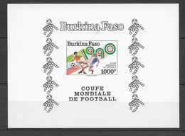 1990 - BURKINA FASO - EPREUVE DE LUXE YT N° BF38 EL - THEME : COUPE DU MONDE DE FOOTBALL - Burkina Faso (1984-...)
