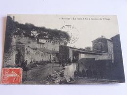 Rousset -la Route D'aix à L'entrée Du Village - Rousset