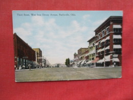 Third Street  Bartlesville  Oklahoma >  Ref 3241 - Bartlesville