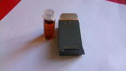 "Miniature Lagerfield   ""  K.L  "" Avec Boite - Perfume Samples (testers)"