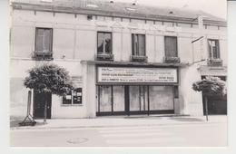 DA 007 /  Photo SAINT- LEU - LA - FORET ( 95320 ) Restaurant Claire Fontaine ( EX Cinéma) - Orte