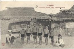 CPA Vietnam Environs De Tourane Petit Enfants Annamite - Viêt-Nam