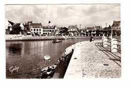 29 Locquirec La Jetée Promenade Et La Plage CPSM PF Cachet Locquirec 1960 - Locquirec