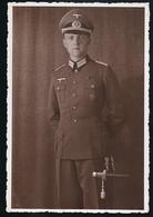 Foto AK/CP  Porträt  Wehrmacht Dolch Dagger  Medal  Panzerfahrer  Ungel/uncirc.1940  Erhaltung/Cond. 2  Nr. 00677 - Guerre 1939-45