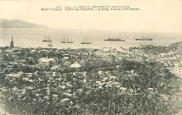 CPA    Martinique  Fort De France  La Ville Vue Du Fort Desaix    P 857 - Fort De France