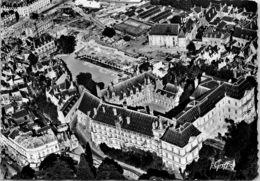 41 BLOIS - Vue Aérienne, Le Château Façade François 1er Et Cour Intérieure - Blois