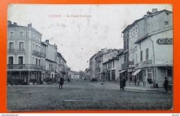 CPA - LAVAUR- Le Grand Faubourg (animée: Commerces, Personnages) - Lavaur