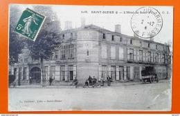 CPA - SAINT-DIZIER - Grand Hôtel Du Soleil D'Or (animée: Personnages, Bicyclettes, Autobus) - Saint Dizier