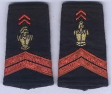 Manchons D'Epaulettes De Caporal Du Génie - Uniformes