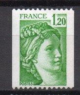 - FRANCE Variété 2106e ** - 1 F. 20 Vert Type Sabine Roulettes 1980 - SANS PHOSPHORE + NUMÉRO ROUGE - Cote 55 EUR - - Variétés Et Curiosités