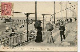 922. CPA 33 ARCACHON. CARTE ENTIEREMENT DEDOUBLEE. LA PLAGE VUE DE LA TERRASSE DU CASINO 1905 - Arcachon