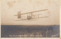 PAU: Ecole D'Aviation - Dans Les Airs - Pau