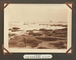 2 Photos. Ile Grande. Bretagne. 1930. Côtes D'Armor. Rochers. Mer. - Lieux