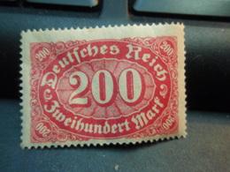 Timbre Deutsches Reich 1922. 200 Mark Non Oblitéré Avec Gomme - Ungebraucht