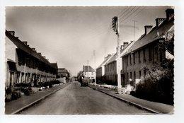- CPSM BOURBOURG (59) - Rue Benjamin Vandenbroucque - Photo CIM 1682 - - France