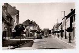 - CPSM BOURBOURG (59) - Avenue Du Général Leclerc - Photo CIM 1681 - - France