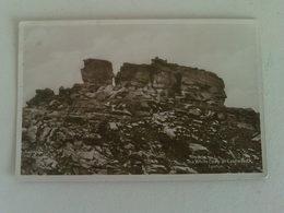 Black And White  Postcard -  The White Lady At Castle  Rock , Lynton , Devon - Lynmouth & Lynton