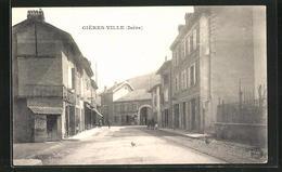 CPA Gieres-Ville, Vue De La Rue Avec Häuserzeile - Ohne Zuordnung