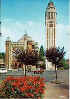 COMINES-L'EGLISE SAINT CHRYSOLE-automobiles - Lambersart