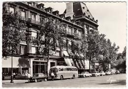 PARIS - PLACE DE LA REPUBLIQUE - L'HOTEL MODERNE - BUS, AUTOBUS, PULLMAN, AUTOMOBILI, CARS - 1964 - Vedi Retro - Autobus & Pullman