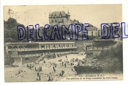 France. Pyrénées Atlantiques. Biarritz. Vue Générale De La Plage Mondaine Du Port-Vieux - Biarritz