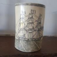 Début XIXe Scrimshaw - Pot à Crayons En Ivoire Gravé - Chasse à La Baleine - Artisanat De Marin - 19th Century Ivory - Popular Art