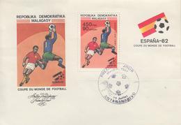 Enveloppe  FDC  1er  Jour   MADAGASCAR    Bloc  Feuillet   Coupe  Du   Monde  De  Football   1982 - 1982 – Espagne