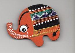 ELEPHANT  CHIANG MAI  MAGNET - Animaux & Faune
